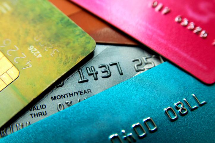 Recomenzar mi crédito con una tarjeta