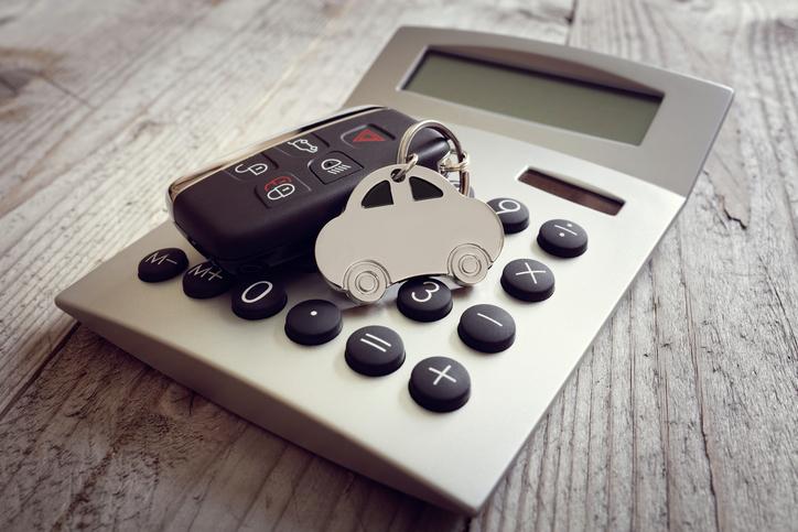 ¿Préstamo personal o especializado para comprar un vehículo? Los pros y contras de cada opción