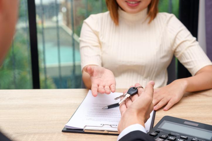 ¿Tienes la salud financiera necesaria para adquirir un préstamo de vehículo?