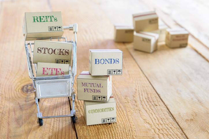4 productos que te puede ofrecer un puesto de bolsa en RD